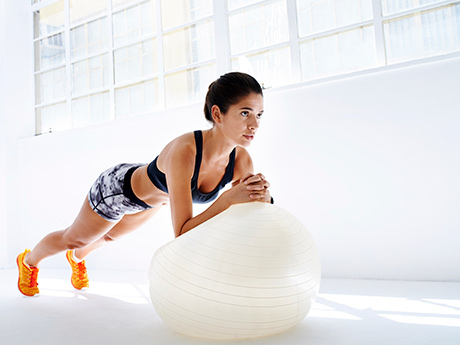 stability-ball-rollout-460